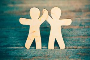 Qual a melhor forma de se relacionar com o seu cliente?